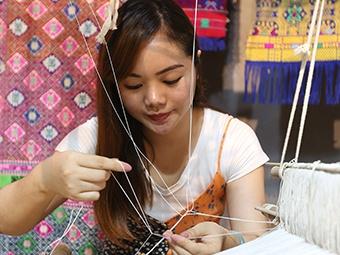 80后姑娘用创意传播传统文化(组图)