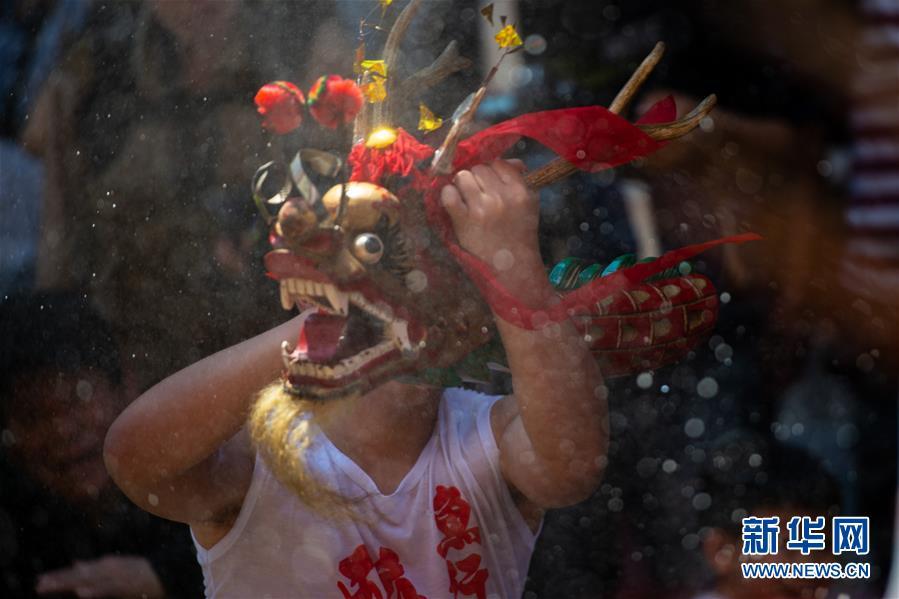 (XHDW)(6)澳门举办传统舞醉龙活动