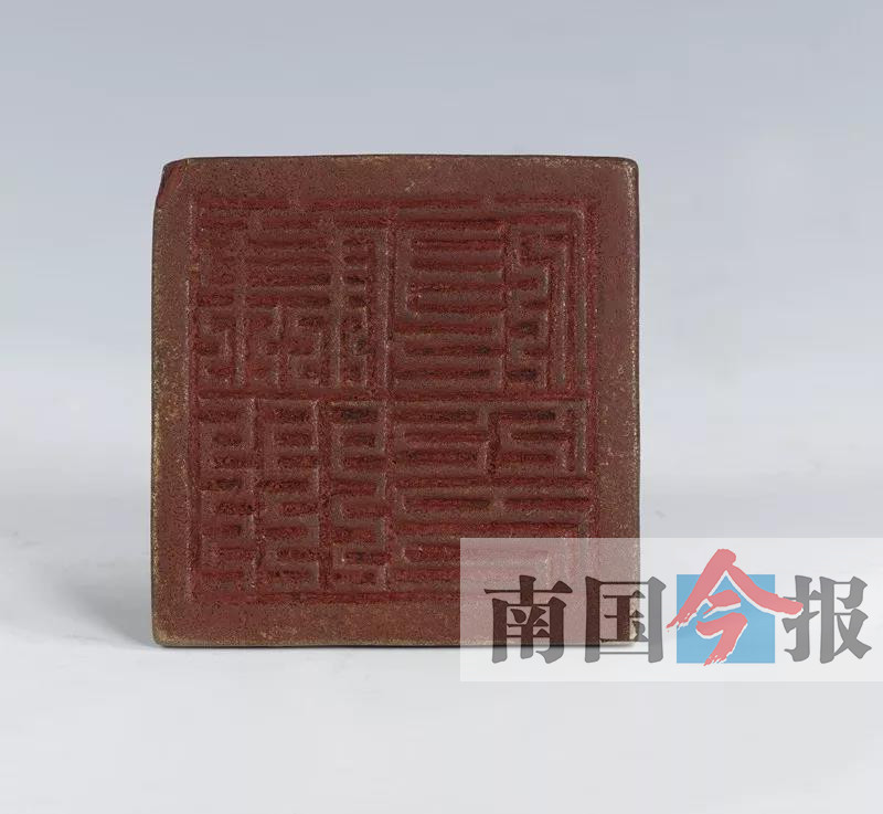 """高清:柳州市博物馆7件""""镇馆之宝"""" 秘密押运至南宁"""
