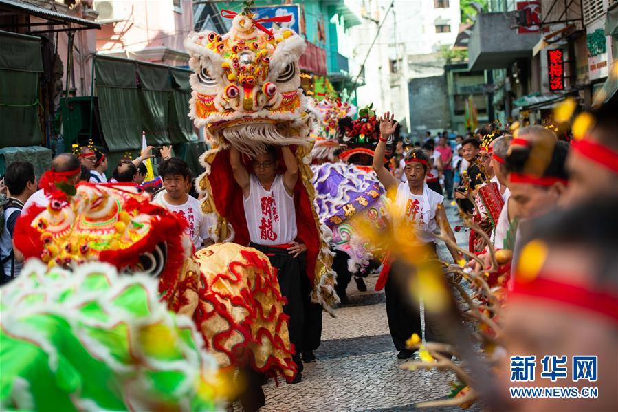 (XHDW)(8)澳门举办传统舞醉龙活动