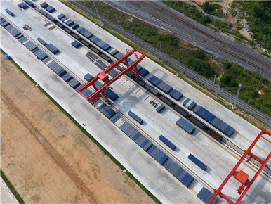 广西南宁:铁路物流拓宽南向通道