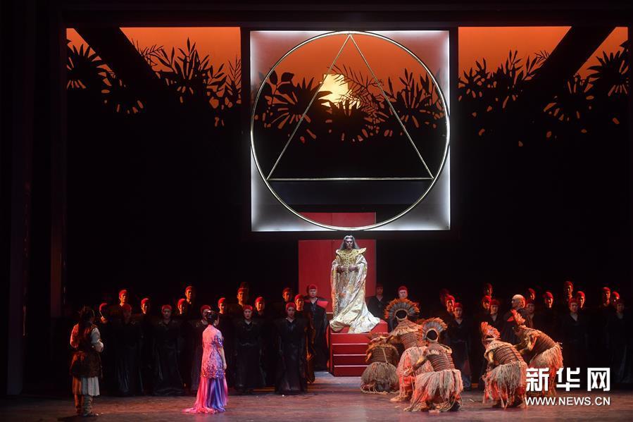 (文化)(2)中央歌剧院演出莫扎特歌剧《魔笛》