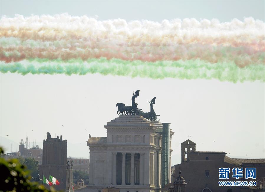 (国际)(8)意大利庆祝共和国日
