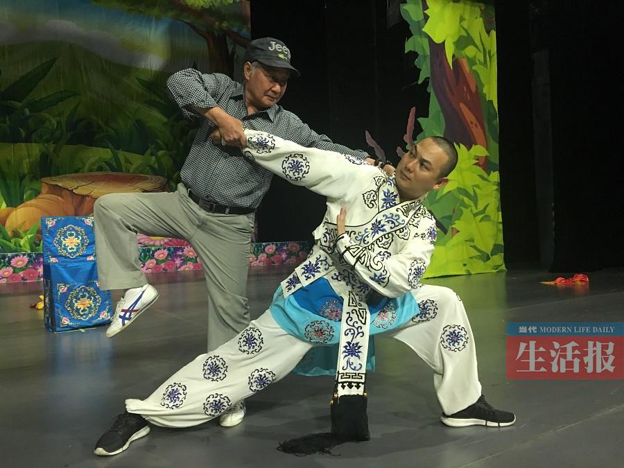 痴迷粤剧66年 73岁的他入选国家级非遗传承人(图)