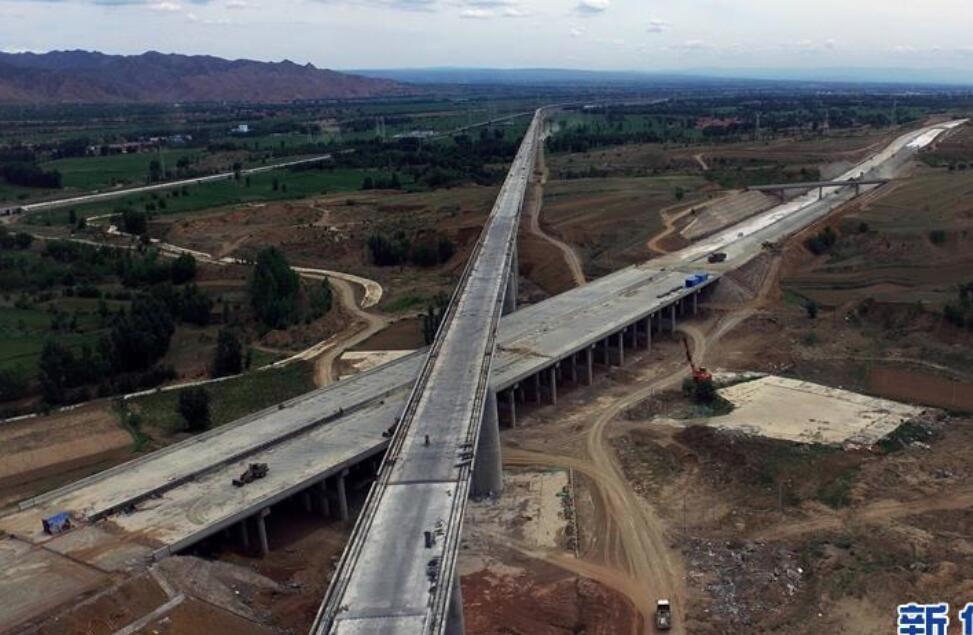 大张高铁河北段建设有序推进