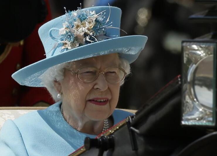 英女王生日庆典在伦敦举行