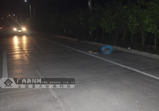 浦北一货车司机右侧超车撞倒九旬老人(图)
