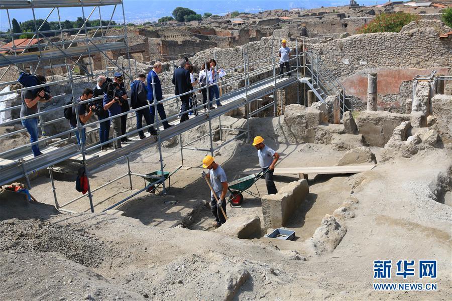 (国际・图文互动)(2)意大利庞贝古城新挖掘区探秘