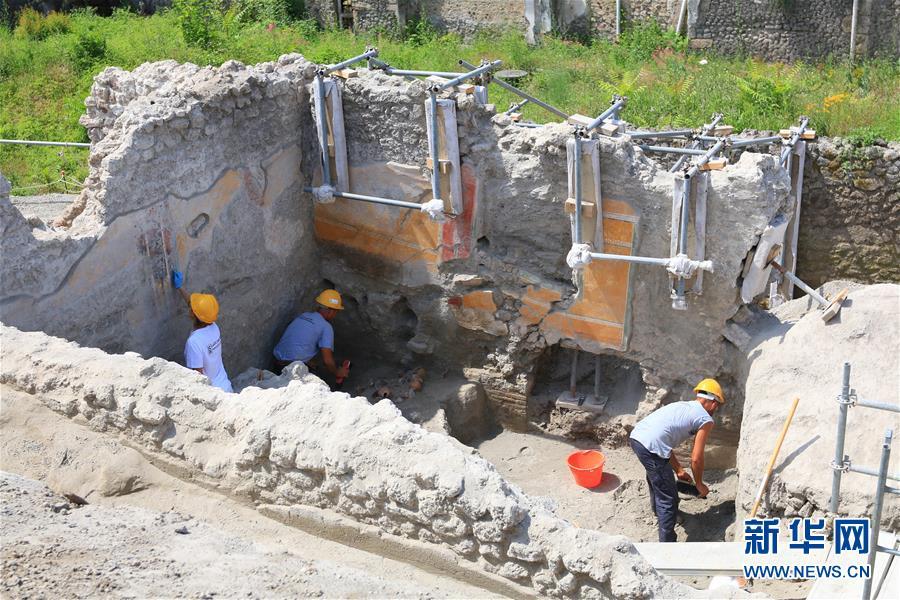 (国际・图文互动)(3)意大利庞贝古城新挖掘区探秘
