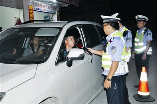 大化交警重拳出击 114名酒驾司机被擒