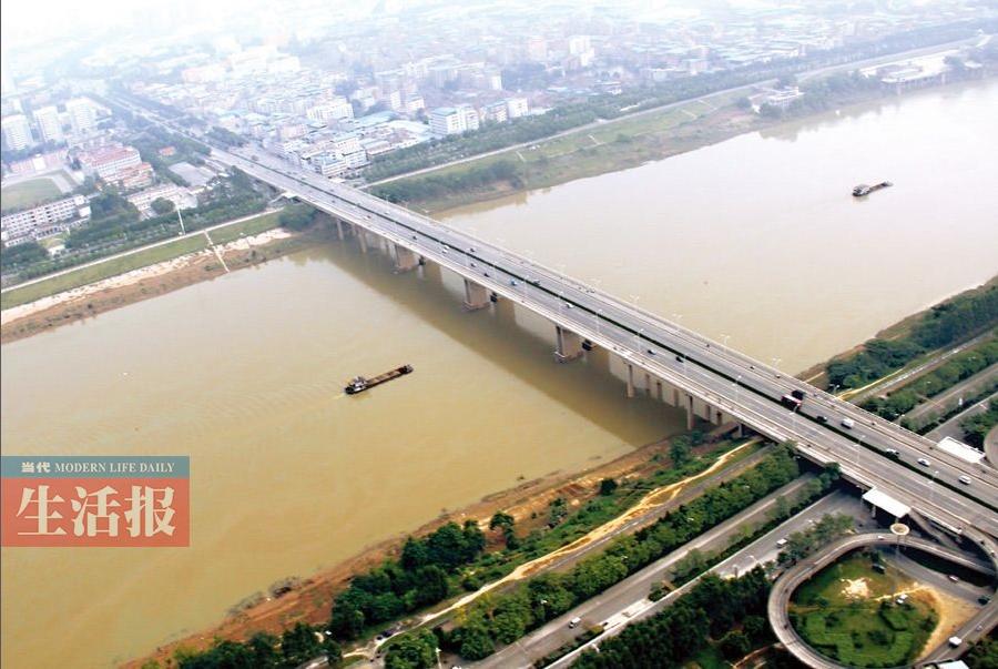 """[广西这一天]第16期:南宁人的邕江""""桥梁""""情怀"""