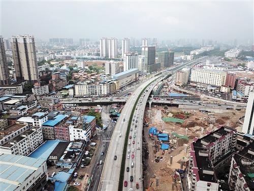 南宁快环三座立交主线通车 新技术提高桥梁耐久性