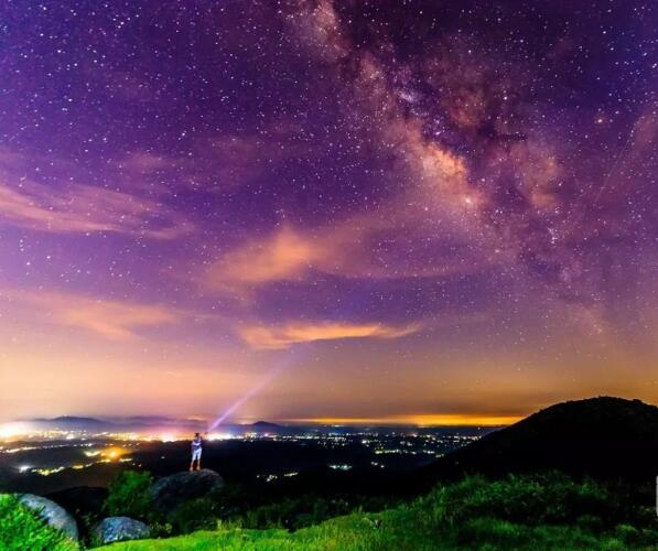 灵山浪漫星空