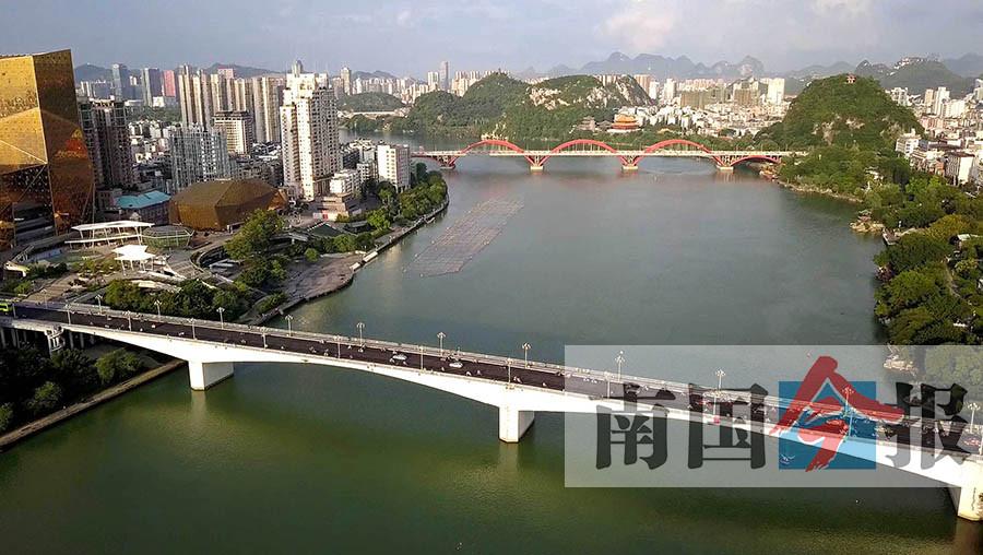"""柳州已建成19座跨江大桥 成为""""桥梁博物馆""""(组图)"""
