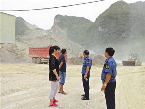 大化开展扬尘污染治理专项行动