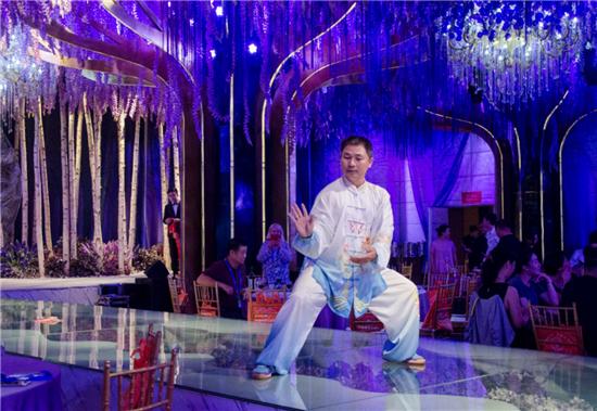 中奥星用心传播中国传统文化 精彩演出获喝彩