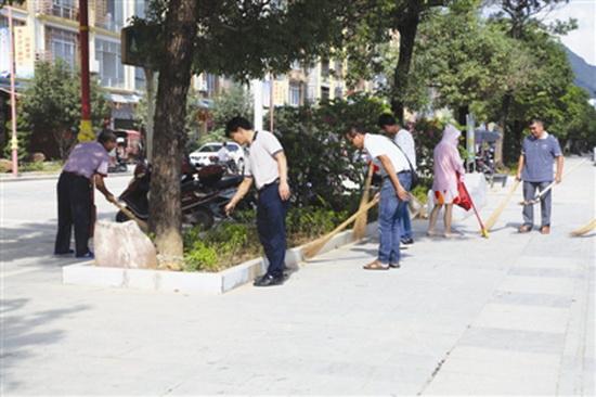 清洁城区卫生 提升城市形象