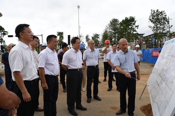 刘有明:高效推进项目建设 确保项目如期竣工验收