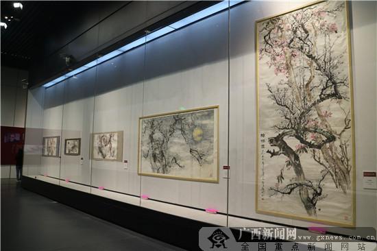 潘文经艺术回顾展在广西美术馆启幕(图)