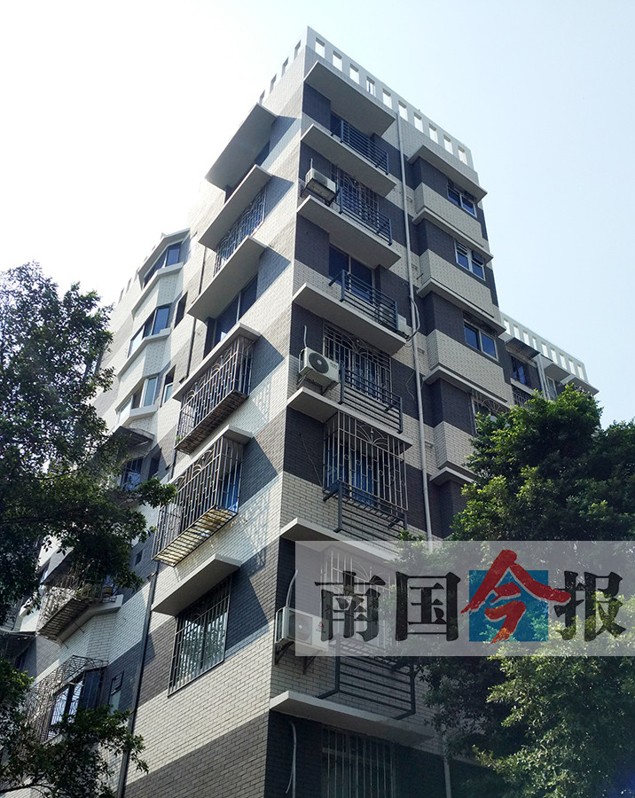 柳州市河北半岛江边62栋房屋旧貌换新颜