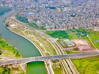 21日焦点图:中越北仑河二桥已现雏形