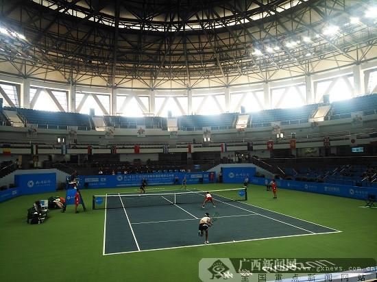 叶秋语/张玮桓力夺柳州国际网球公开赛女双冠军
