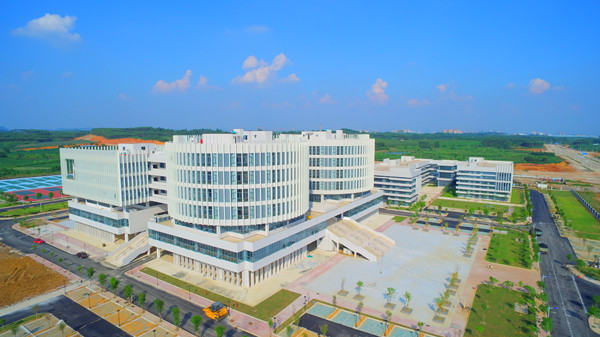 南宁教育园区西片区11所学校落户开发区(图)