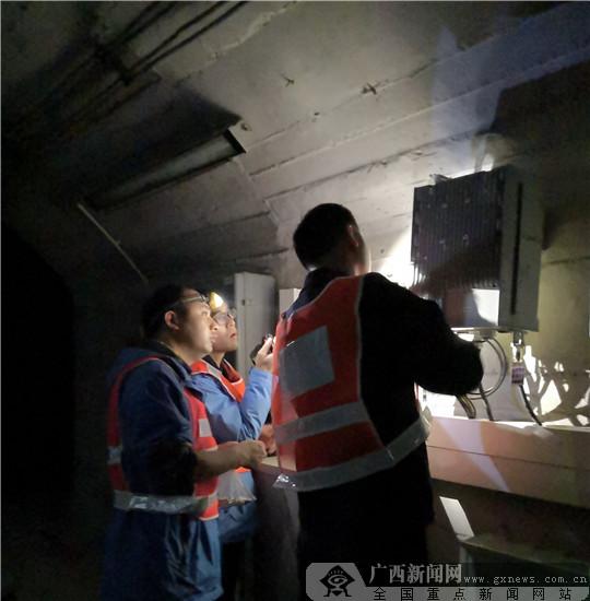 广西移动建设万个基站撑起1700多公里高铁网络覆盖