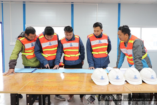 钦州港东站集装箱办理站预计明年6月底建成投产