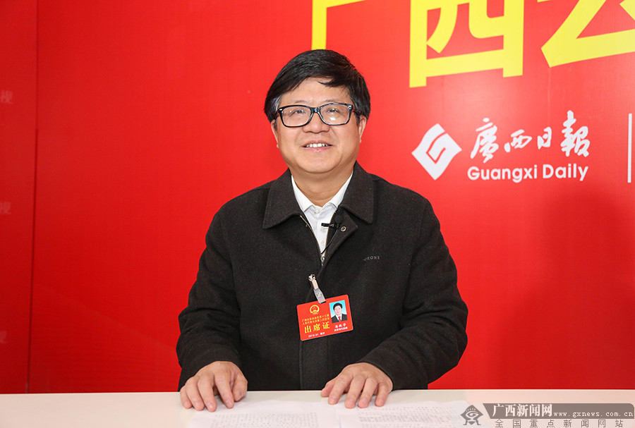 潘振�W代表:�_拓�Y源枯竭型城市�D型升�之路