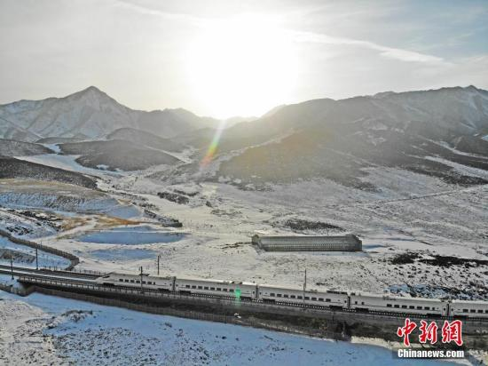 铁总:1月28日全国铁路预计发送旅客1061万人次