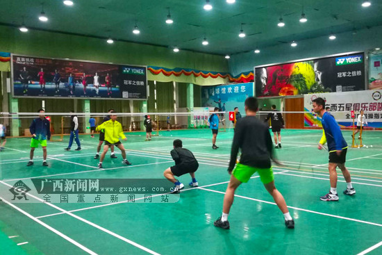 备战2019国青赛 广西羽毛球男队外训一个半月