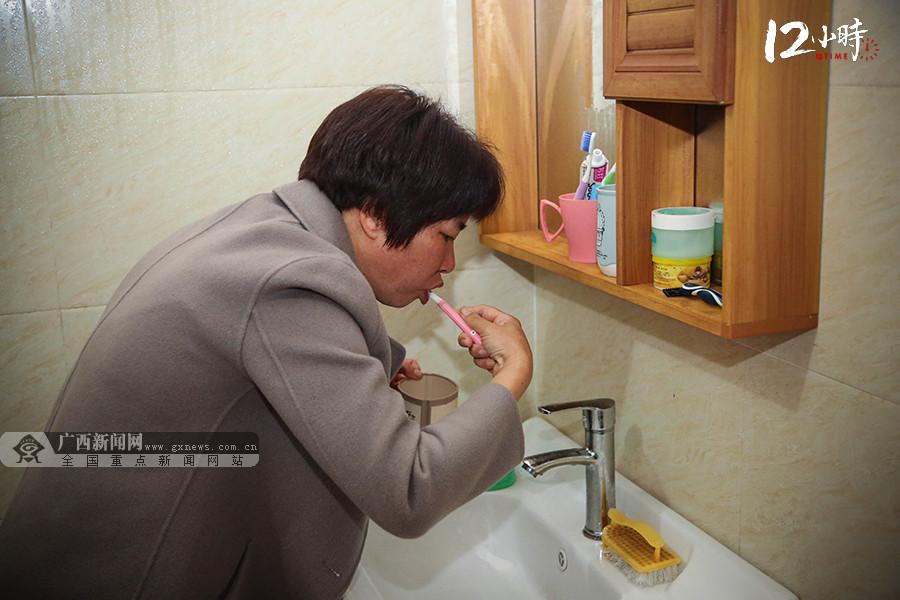 """【12小时】巾帼不让须眉!""""茶船古道""""上的全国人大代表带领瑶胞奔富路"""