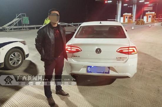广西高速交警查获两起酒驾 驾驶员或被吊销驾驶证