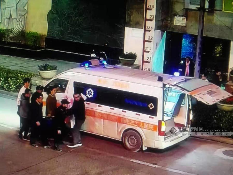 梧州警方上演极速救援 成功挽救一孕妇生命(图)