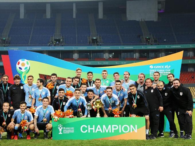 乌拉圭4-0大胜泰国成功卫冕!2019中国杯落幕