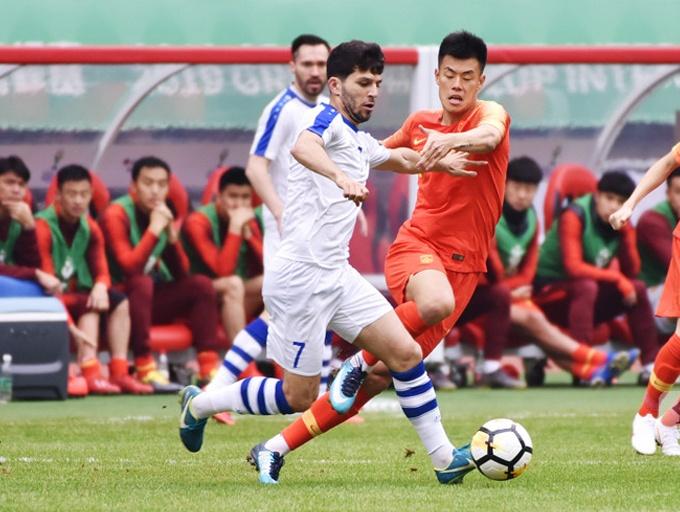 0-1负于乌兹别克斯坦 中国队连续两届中国杯垫底