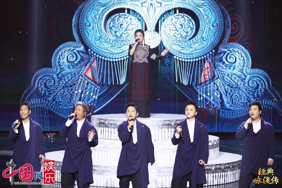 75岁李谷一穿20米长裙亮相《经典咏流传》-广西新闻网