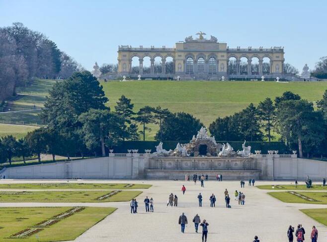 世界园林巡礼――奥地利美泉宫花园