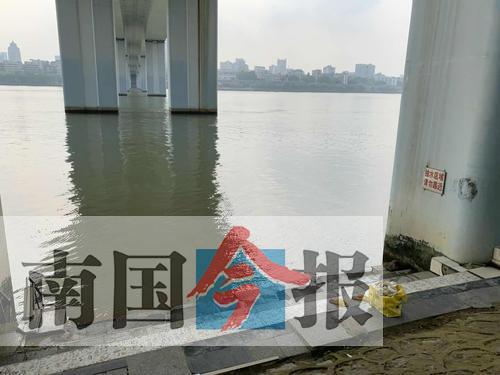 柳江河游泳两初中男生溺水 一人获救一人未找到(图)