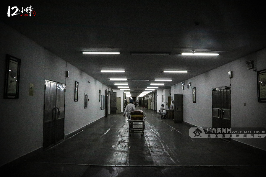 【12小时】邕城女入殓师入行十二年送走4万名逝者,称月入万元属误传