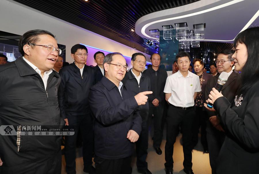 鹿心社陈武率广西党政代表团赴贵州学习考察