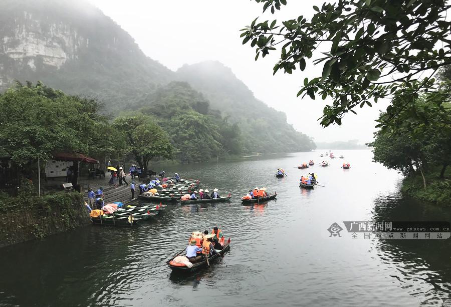 越南迎来旅游旺季 宁平省吸引世界各地游客前往