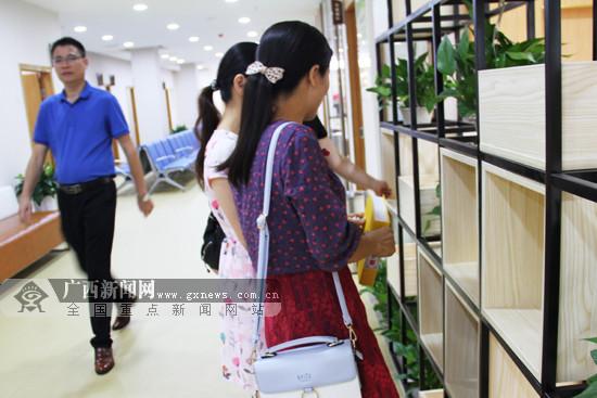 """来宾市健康管理中心揭牌 群众将可定制""""健康处方"""""""