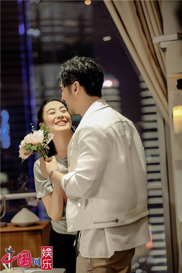 《我最爱的女人们》张晋外滩表白蔡少芬 张伦硕