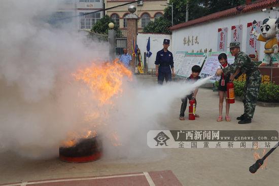 宁明:消防宣传进校园 筑牢校园防火墙