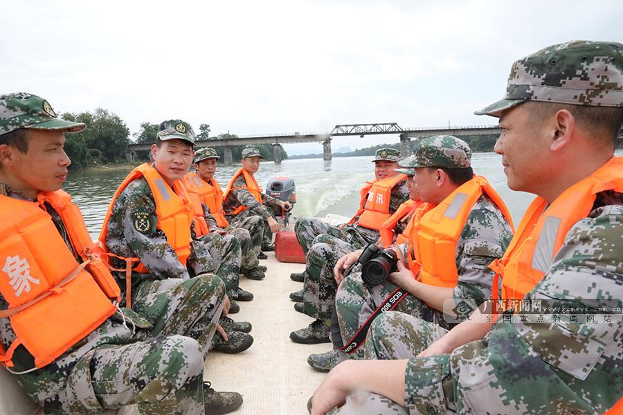 桂林象山区组织防汛救灾演练(图)