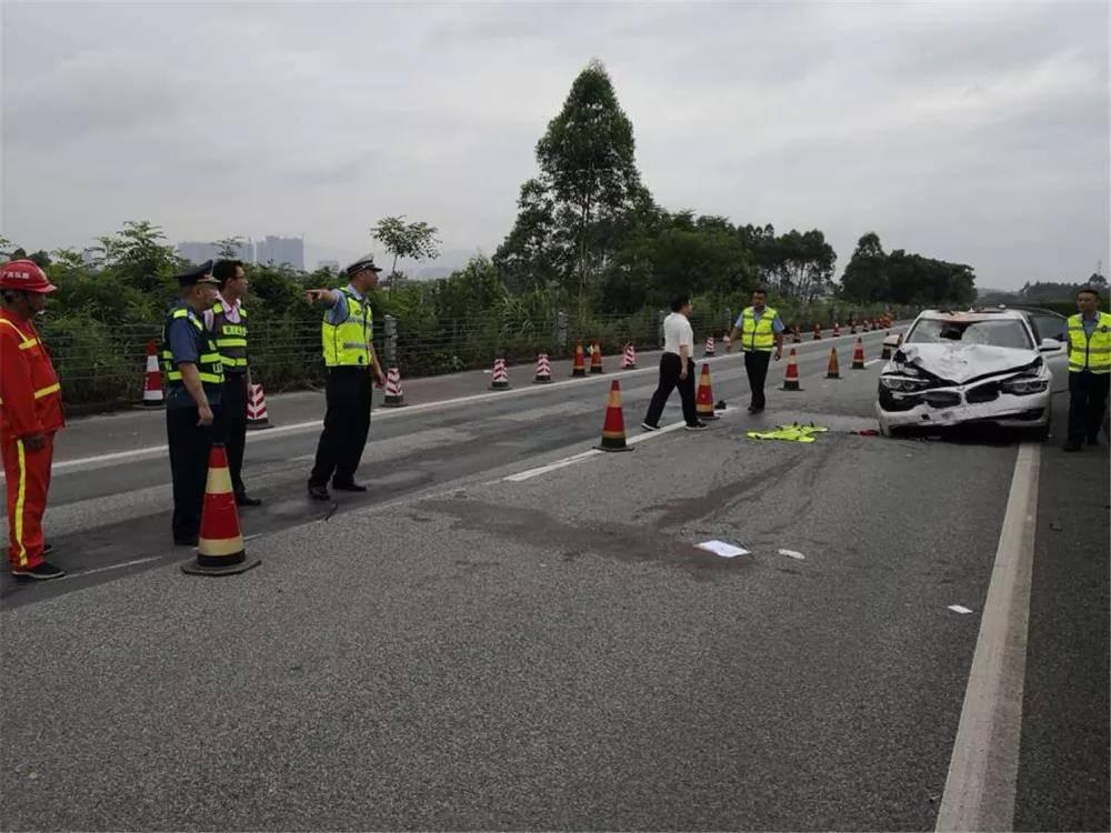 醉驾冲入事故现场致两名辅警因公殉职 男子被批捕