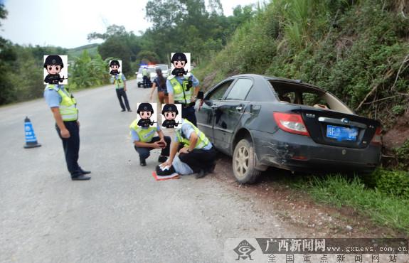 男子无证驾驶撞警车逃跑翻进水沟 被拘10日