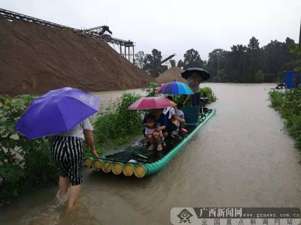 全州遭强降雨袭击 提前转移疏散危险区域群众